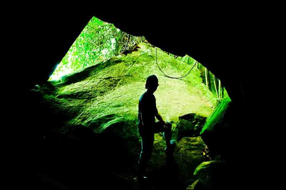 gua batu odesa indonesia